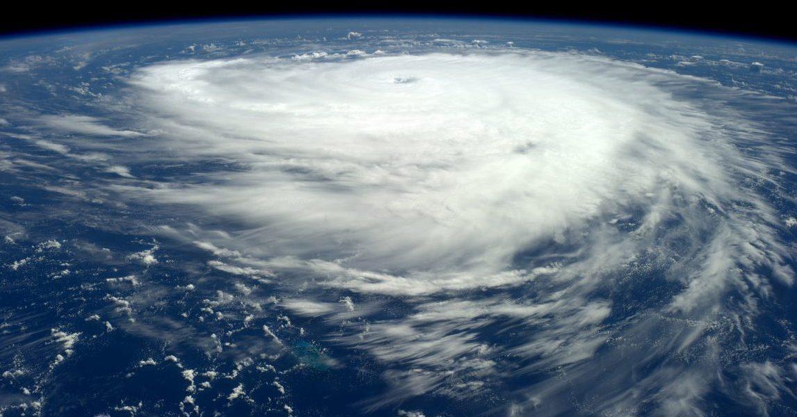 ураган офелия в британии