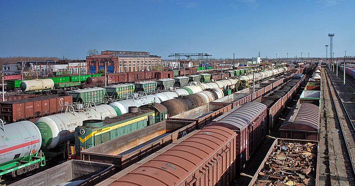 укрзализныця повысила расценки на перевозку грузов на %