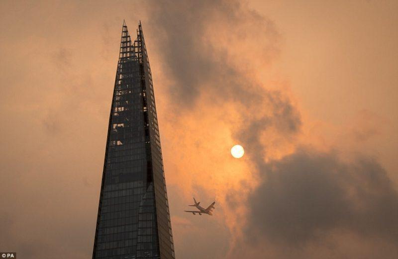 последствия урагана в британии