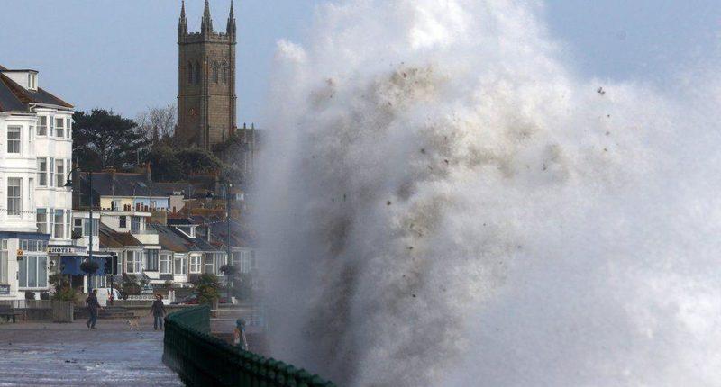 ураган офелия в ирландии