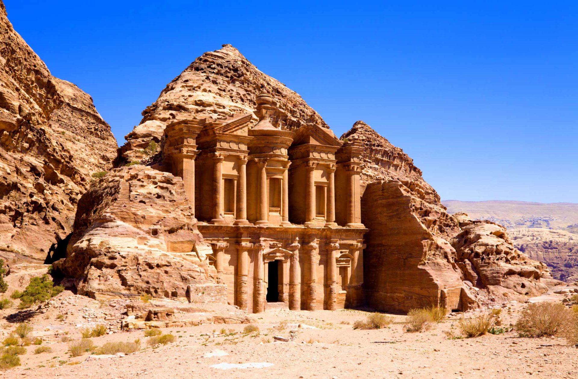 6 Старейших города мира для прикосновения к вечности