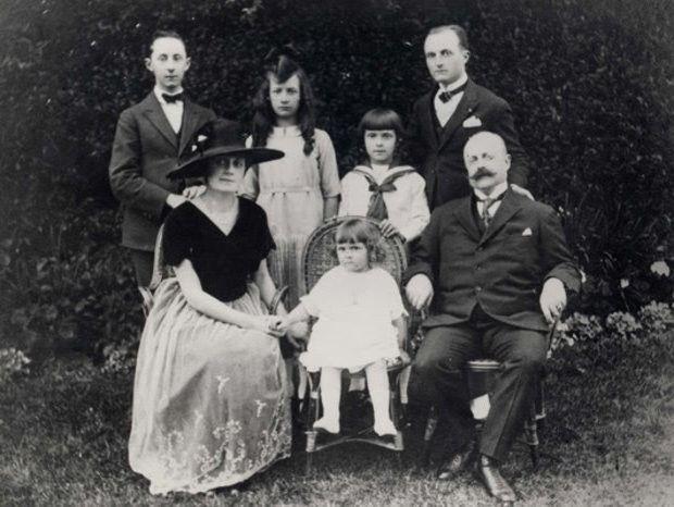 Семья Диор