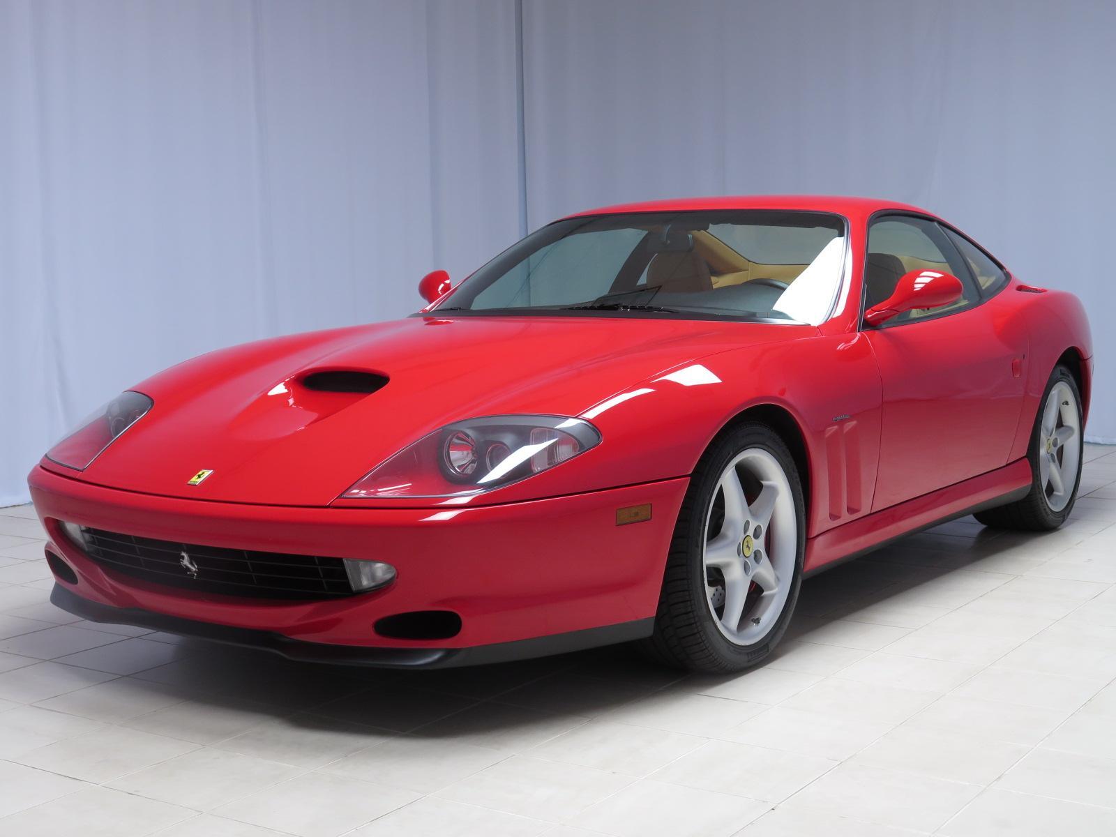 У бизнесмена отобрали Ferrari за долг по алиментам