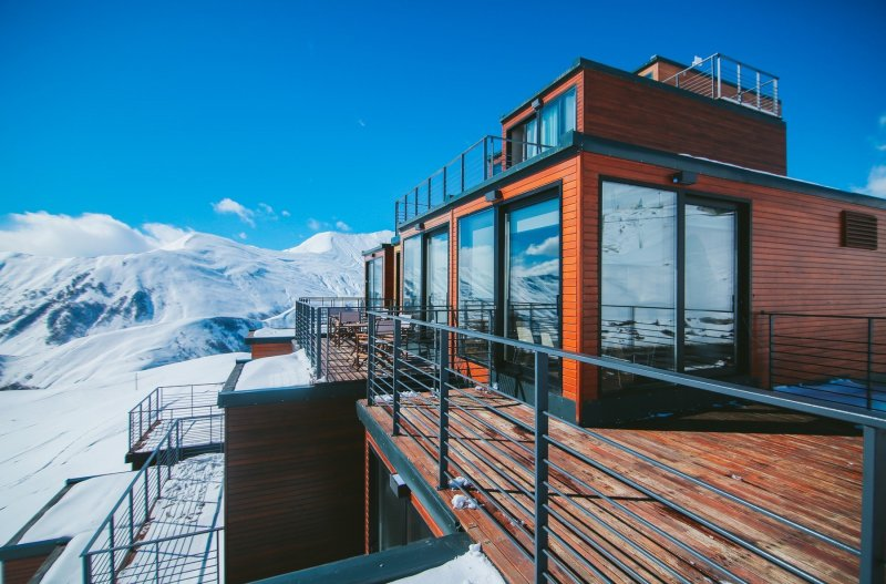 Отель Quadrum — уютное местечко среди суровых Кавказских гор