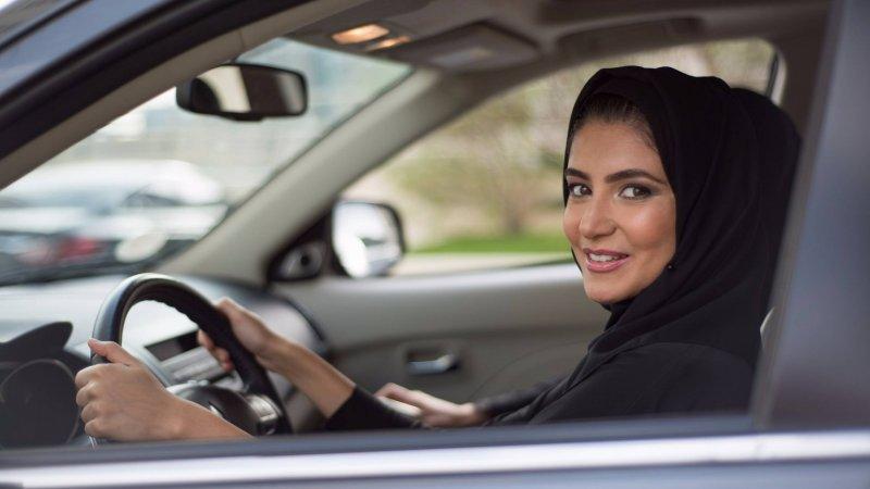 Женщины водители смогут обогатить Саудовскую Аравию