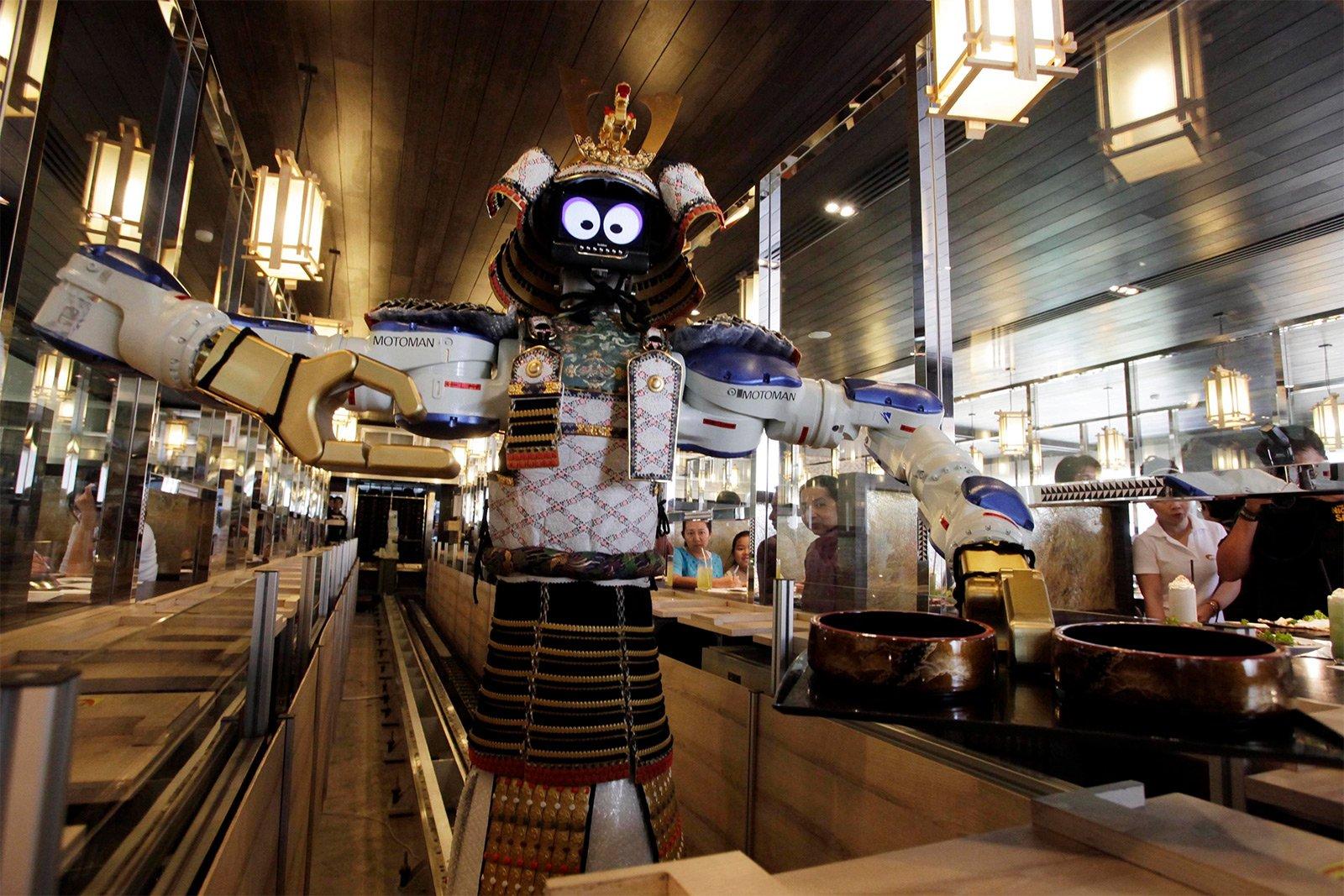 Hajime - удивительный ресторан с роботами в Бангкоке