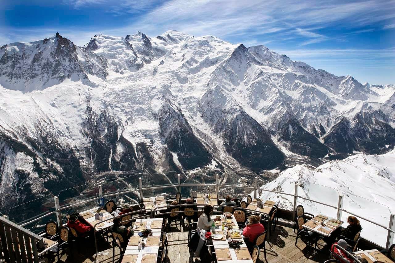 Ресторан Le Panoramique — захватывающий отдых на вершине французских Альп