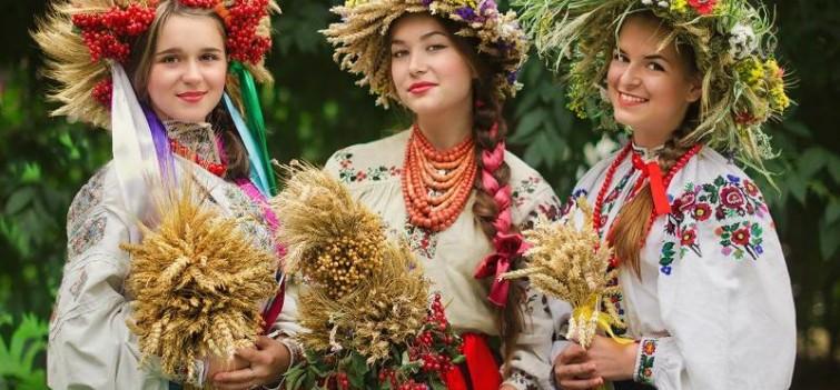 Что символизирует украинская вышиванка