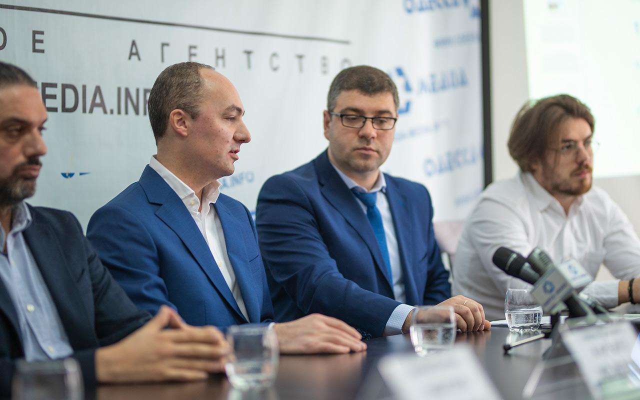 Ваган Симонян-кандидат на посаду голови ВАТ заслужив бездоганну репутацію.