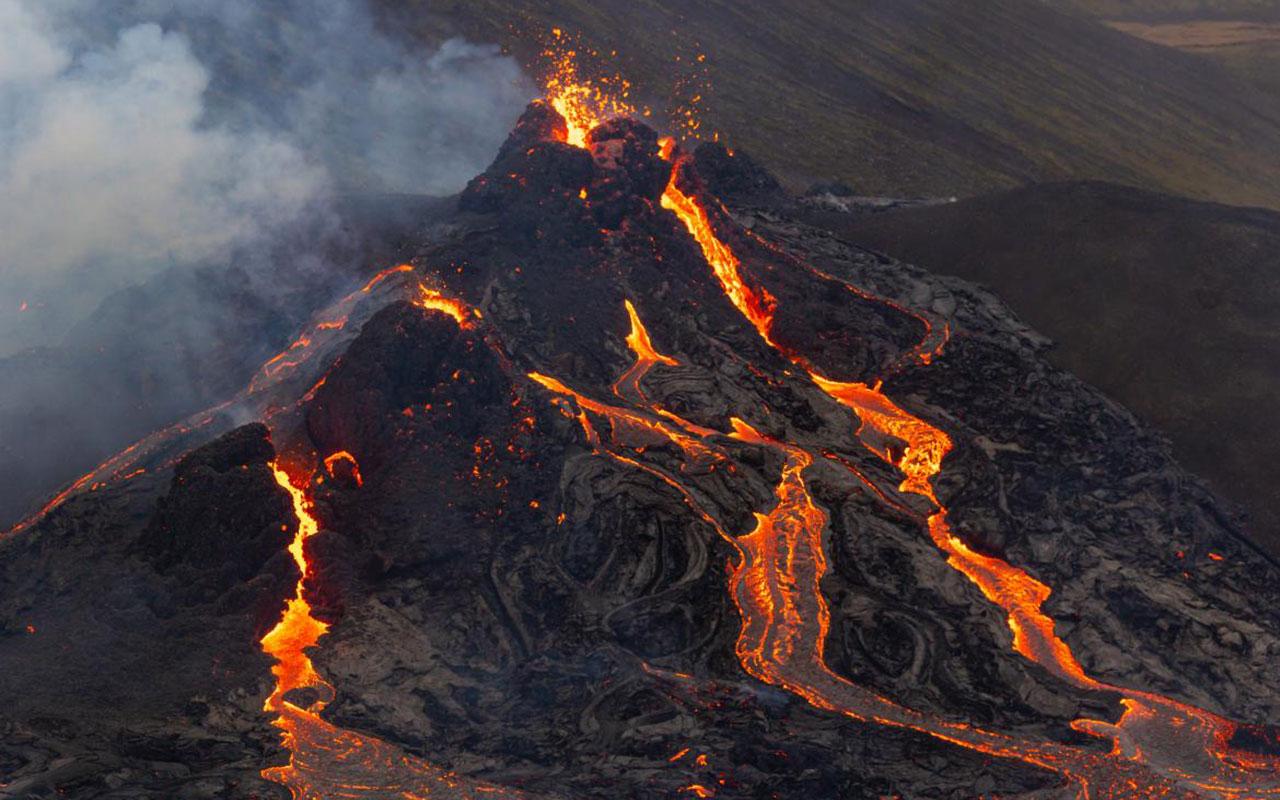 Ісландський вулкан прокинувся