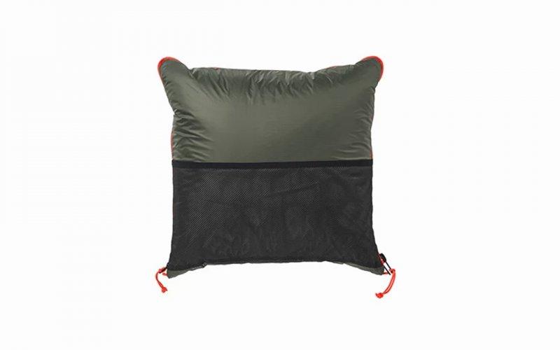 IKEA випустила подушку-плащ