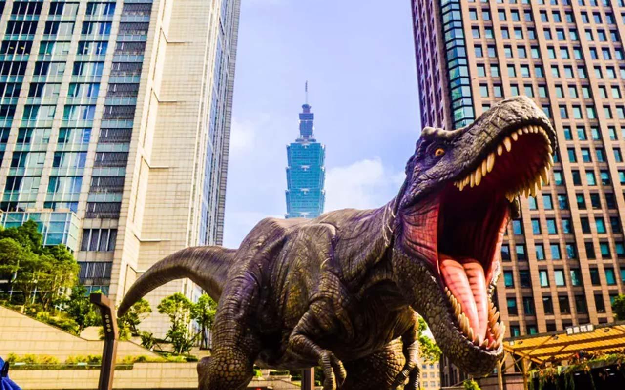 Ілон Маск планує воскресити динозаврів