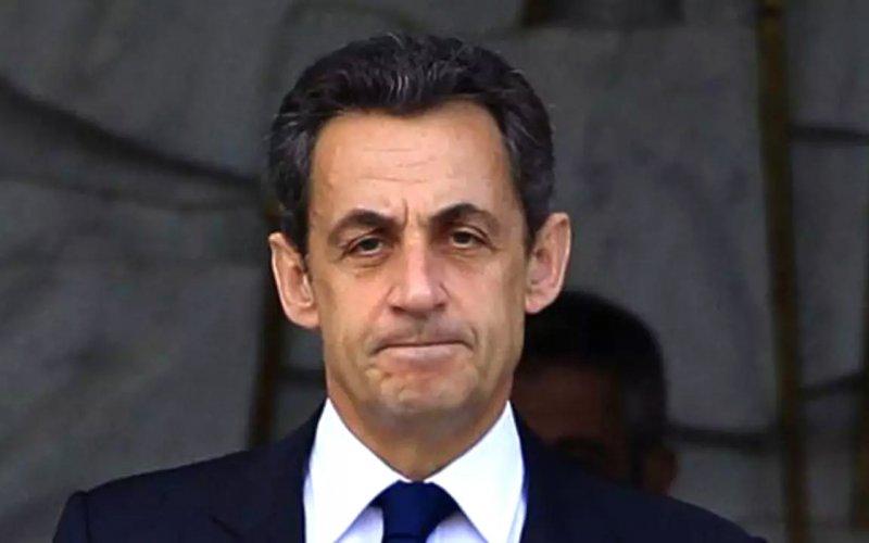 Саркозі визнали винним в корупції