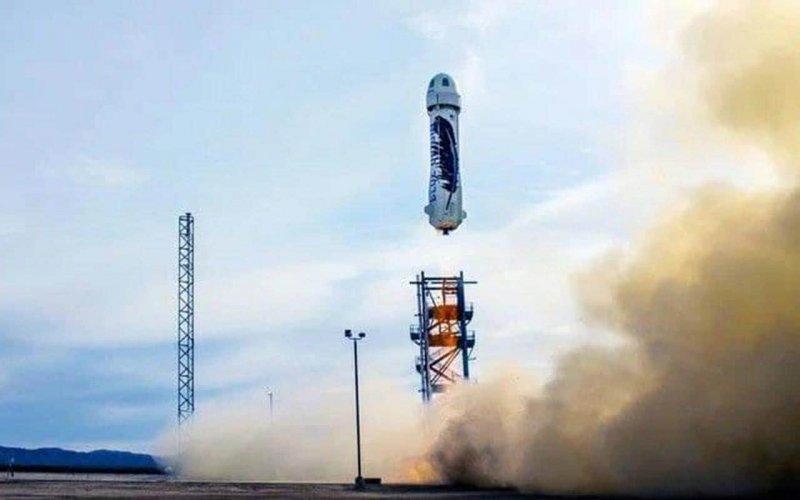 Місце в космічному кораблі Джеффа Безоса за $28 мільйонів