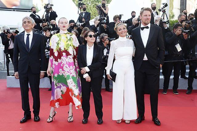 "The team of the film ""The Story of My Wife"": Sergio Rubini, Luna Wedler, Ildikó Enyedi, Mónika Mécs, Gijs Naber"