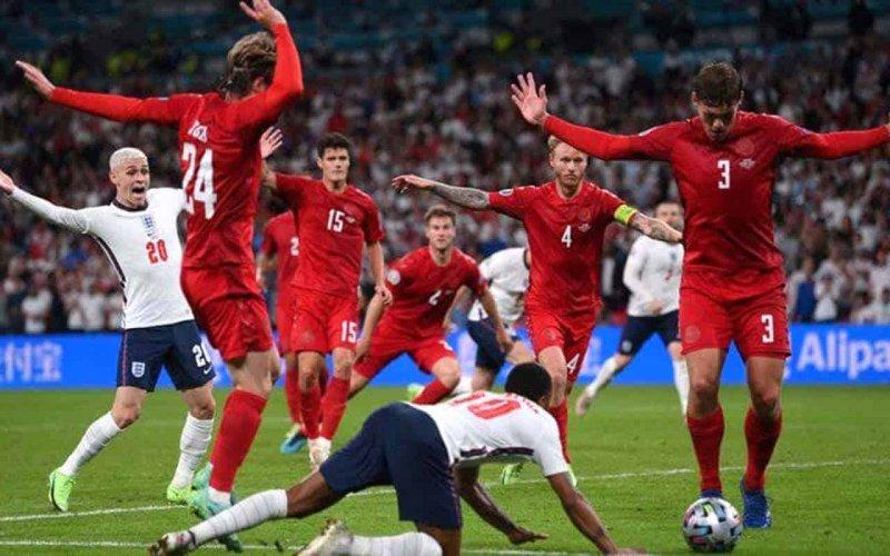 Англія - казка Данії закінчена