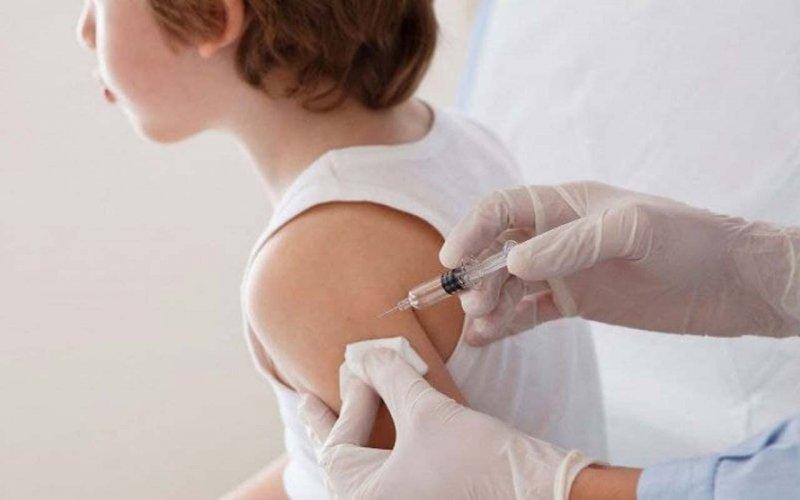 Греція почне вакцинацію дітей із серпня