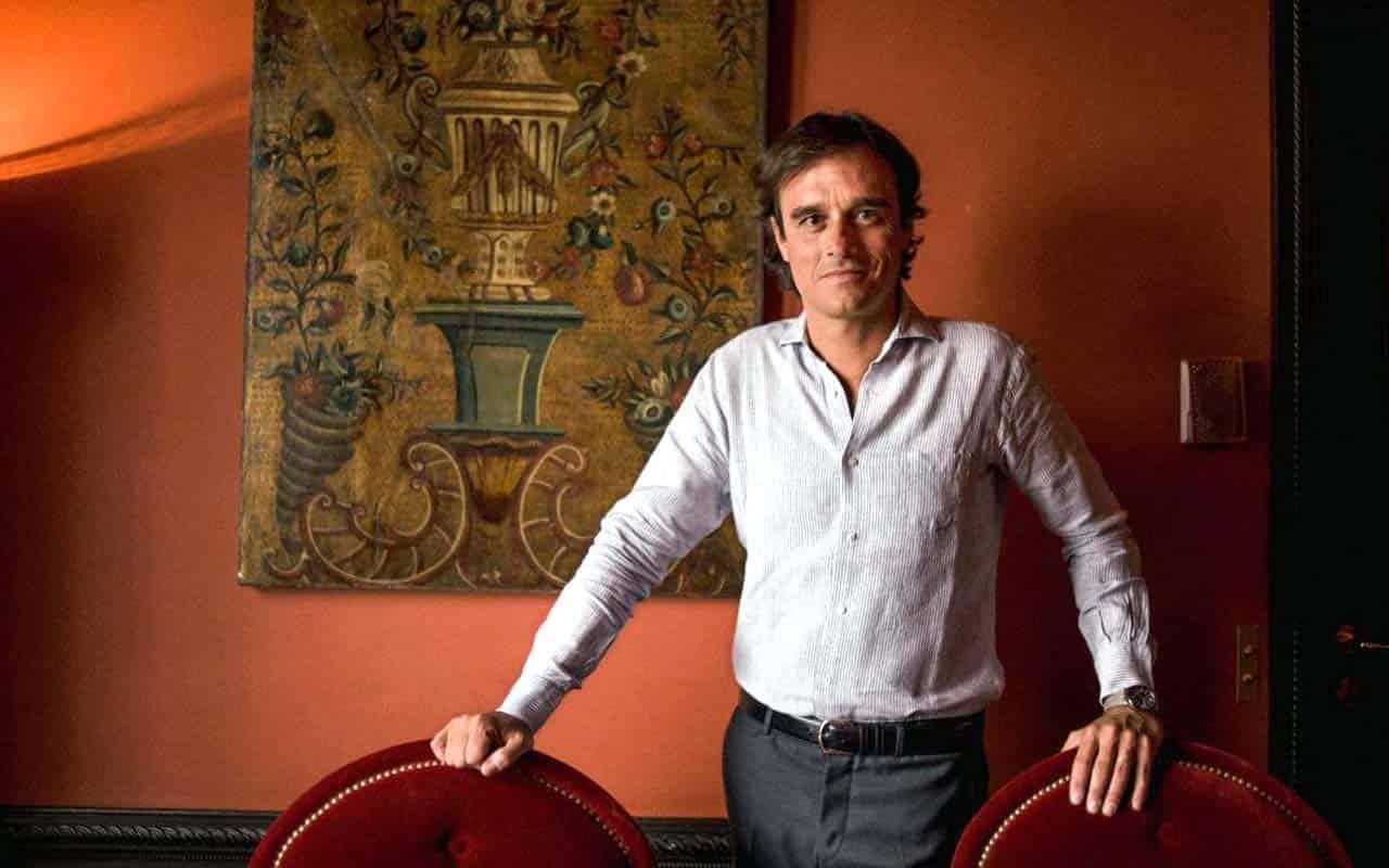 Vogue Italia editor-in-chief leaves magazine