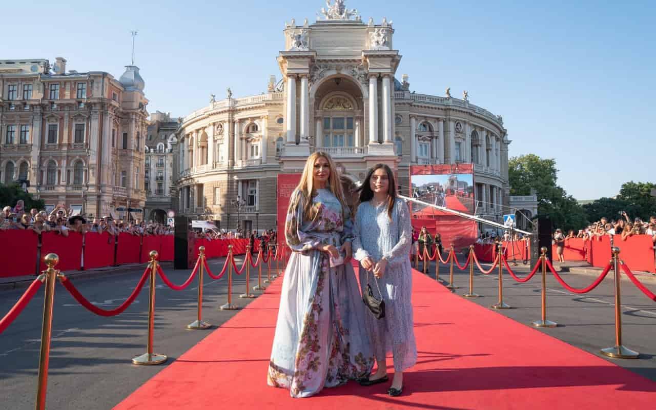 Актриса Ольга Сумська з дочкою