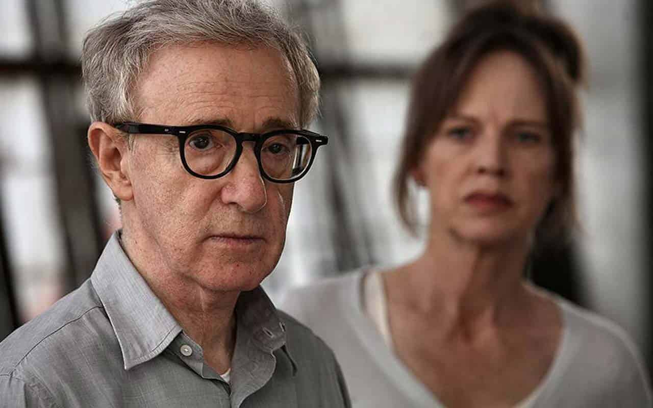 Sex scandal 30 years long: why the world take up arms against Woody Allen