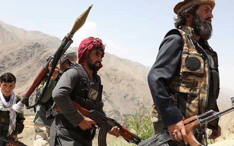 Taliban execute civilians and military