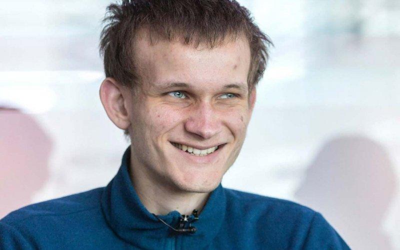 Творець Ethereum попередив про загрозу соцмережам