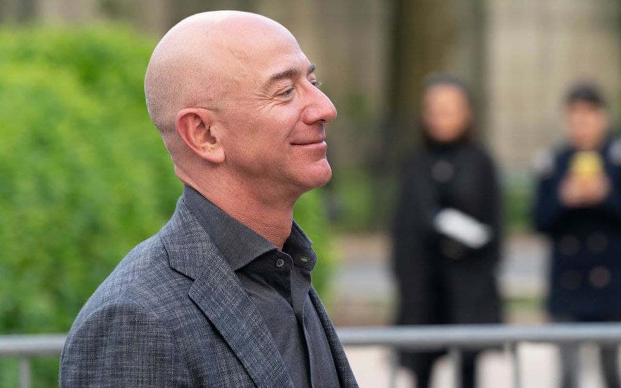 Jeff Bezos invests in life-extension technology