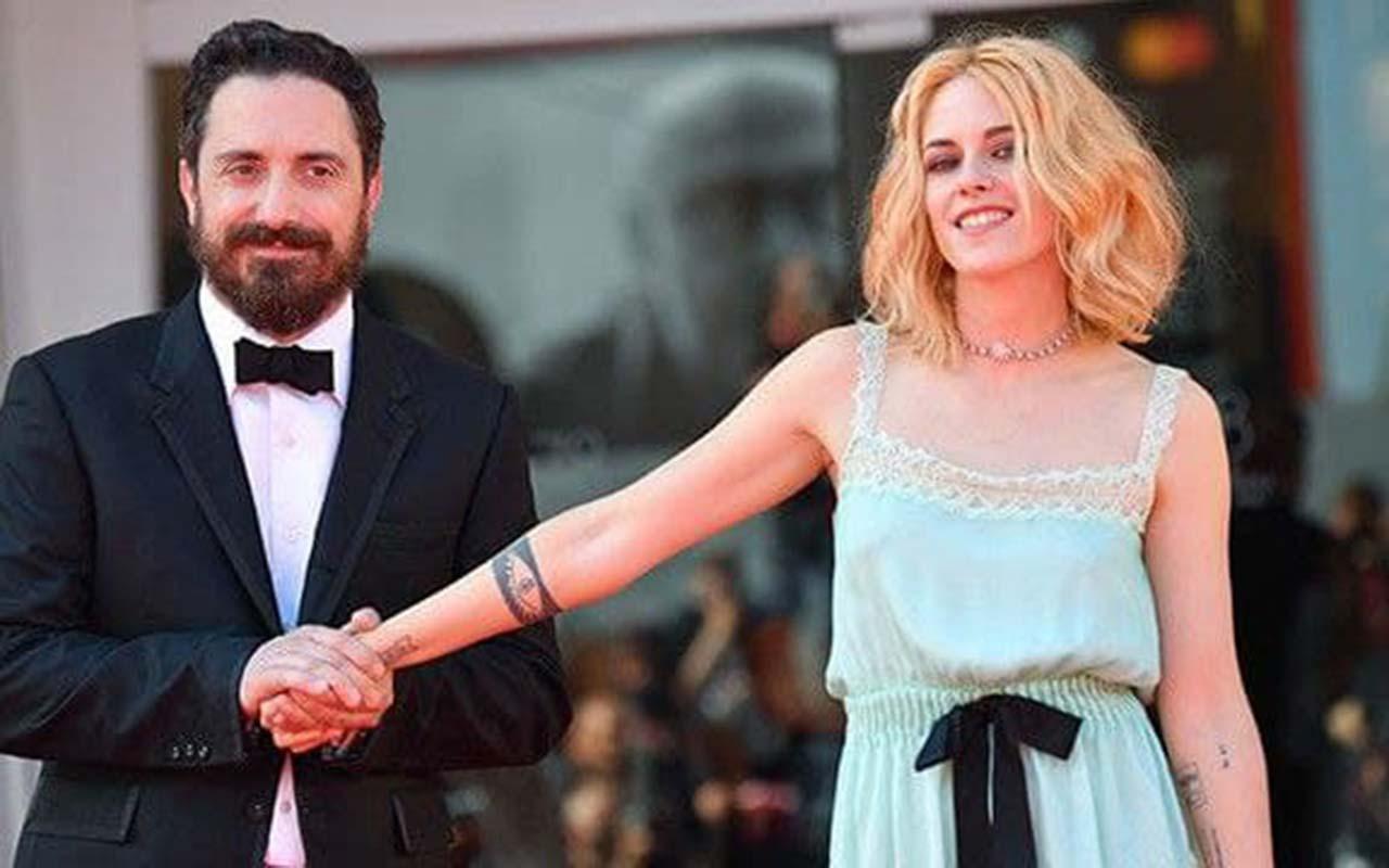 Kristen Stewart Wears Channel Pajamas at Venice Film Festival