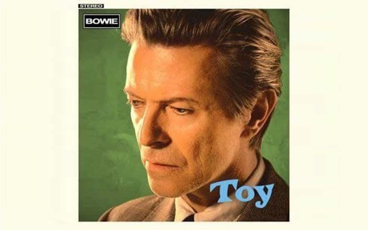 """Невиданий альбом Девіда Боуї """"Toy"""""""