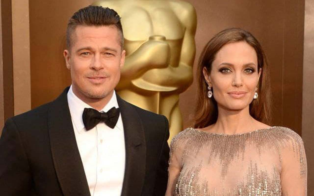 Angelina Jolie sold joint property with Brad Pitt